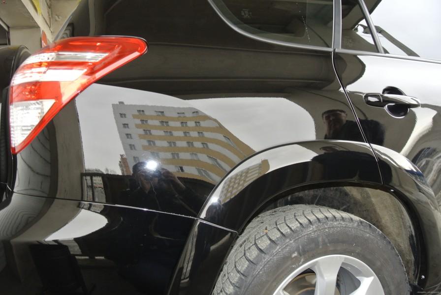 Покрытие кузова автомобиля жидким стеклом в Челябинске
